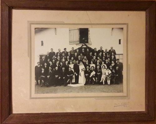 fotografía antigua fiesta boda con marco